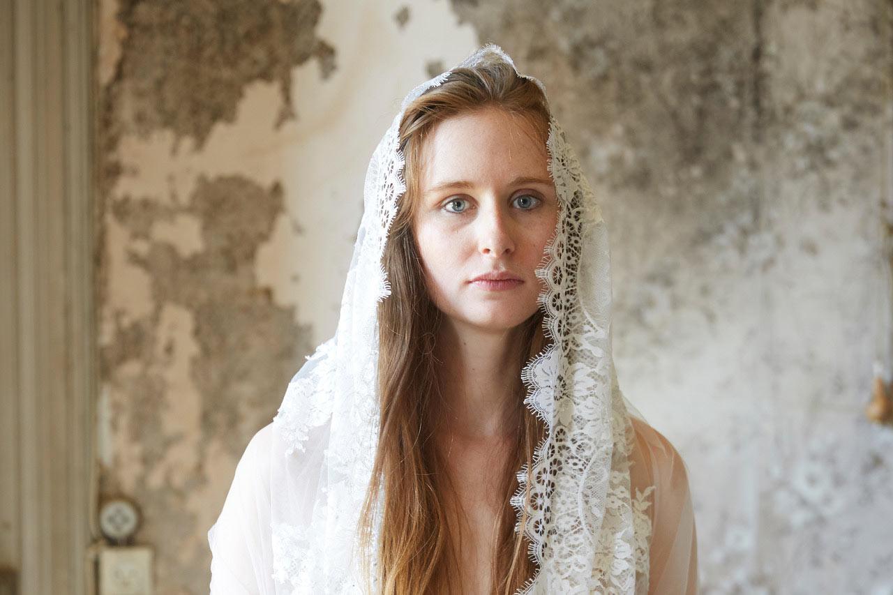 Studio Piffaut, mariée avec son voile